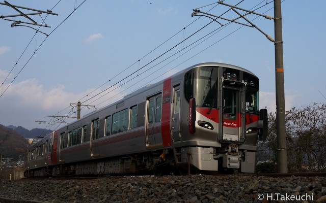 クモハ226-31 (トリミング)
