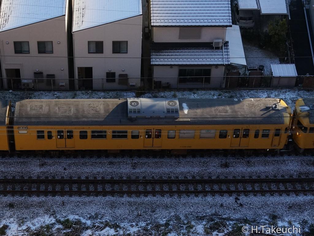 115形L-16編成 (DSC-RX1R)